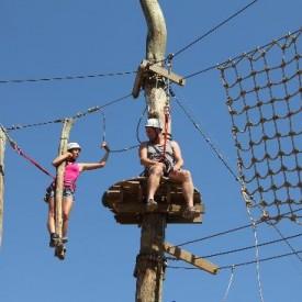 Team building Istra. Program Adrenalinski park - Glavani park Barban